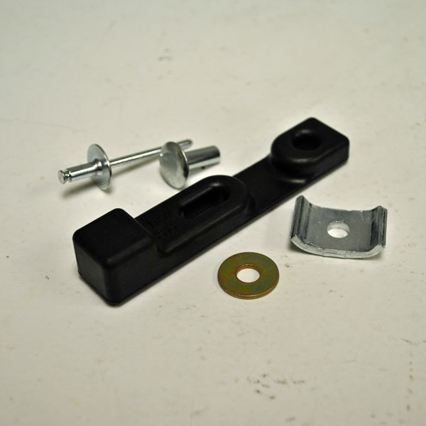 John Deere Rubber Hopper Latch Strap Kit M72426kit
