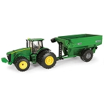 John Deere 1:32 scale 8260R Toy Tractor with Grain Cart - 45482