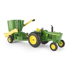 John Deere 1:16 scale 3020 Tractor with Mixer Mill - 45650