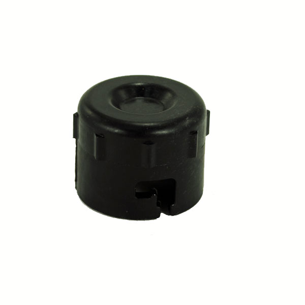 John Deere Engine Oil Drain Cap - M144897