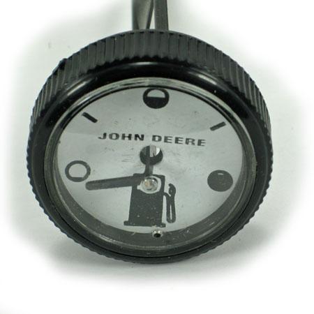 john deere fuel cap gauge am31189 large john deere model 112 lawn and garden tractor parts  at aneh.co